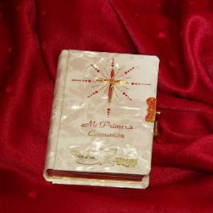 Comunión - Libros, Rosarios y Cruces